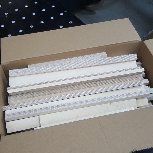 Reste Holz Leisten Multiplex 10mm-30mm stark Sperrholz Multiplexplatten Zuschnitte